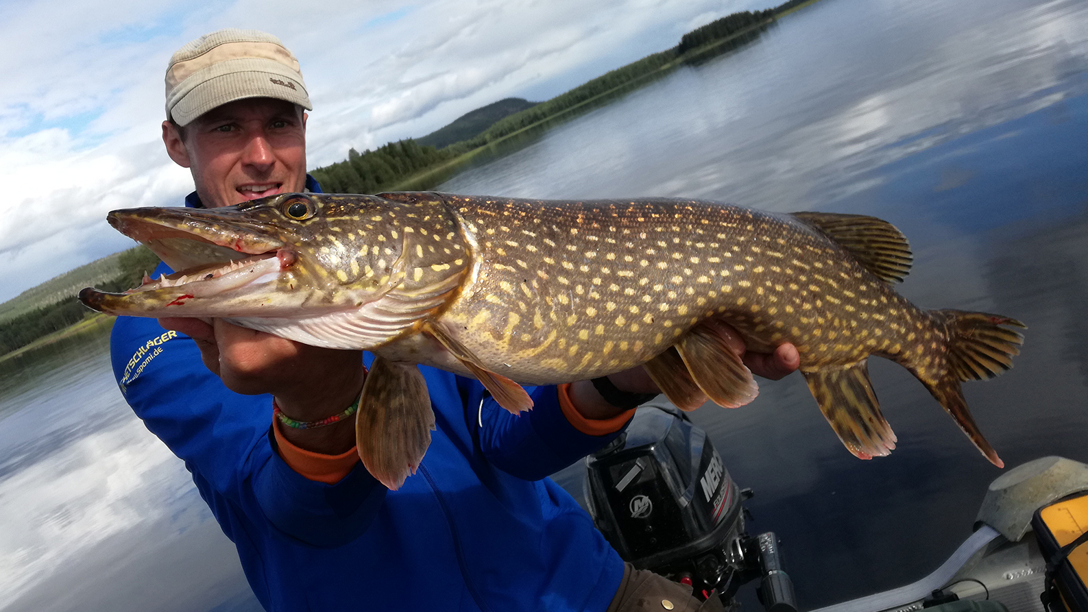 monster-pike-in-the-rane-river